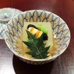 日本料理 太月 - 枡大根に海老、ひいらぎ