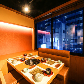 飯田橋の街並みが覗ける夜景個室を完備