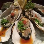 北海道海鮮・個室情緒 ~23番地~ - 仙鳳趾産 プリプリ岩牡蠣