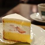ヒロコーヒー - 料理写真:ショートケーキ370円