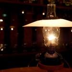 80588476 - テーブルのランプのお陰か割と暖かい
