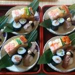 手打蕎麦 元禄 - お任せコースの寿司