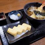 手打ちそば まえかわ - 料理写真:天ぷらそばと、だし巻き玉子