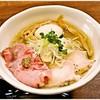 ラーメン 健やか - 料理写真:特製塩 980円 色んな旨味が重なった美味なる一杯♪
