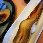 地魚回転寿司 丸藤 - 料理写真: