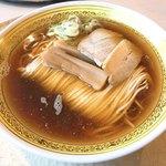 80599994 - 【2017年12月】煮干中華そば@650円、提供時。