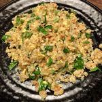 美食天堂 金威 - 鮭と台湾A菜の炒飯