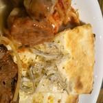 SALVATORE CUOMO & BAR - (分割撮影②) 上からミートボールの豆乳煮込、トマトソースの金平、しらすのピザ、玉葱ベーコンのピザ