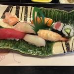 80608849 - にぎり寿司