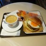 サンマルクカフェ - エッグチーズバーガーバリューランチセット(699円)