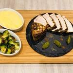 &ecle le bistro - カジキの香草ステーキ、オリジナルゆず胡椒ソース(1,580円)