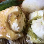 武蔵そば - 揚げ出し豆腐の中 見えるかな? 柚子こしょうです