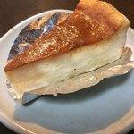 ボンメール洋菓子店 - チーズケーキ