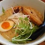 麺屋 雷神 - 金の担々麺