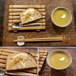 手造り食の店しもだ - 【阿蘇赤牛のハンバーグ(1,600円)】自家製酵母パンとスープ