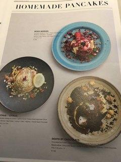 METoA Cafe & Kitchen - メニューの一部。