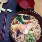 北のそば和佳亭 - 鍋焼きうどん850円、特製は1000円で海老天要り