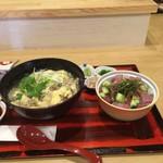 肴処つま - 料理写真:「海鮮丼」と「舞茸玉子とじうどん」。