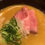 ふじ屋 NOODLE - 最近流行りの生肉