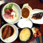 寿司割烹ふる川 - 焼き魚、煮魚も付いてる刺身定食