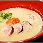麺や いま村 - 鶏煮干しらぁめん(塩)+味玉 800+100円 鶏と煮干しの旨味の詰まった白湯スープがイイ感じ♪
