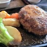 とんかつ藤よし - 米の娘ぶたハンバーグ、オニオンソースで。