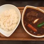 スープカレー屋 鴻 - ハンバーグ黒 4辛