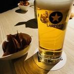 Meat Bar Lis Bee - まずはビールで乾杯!