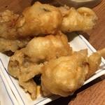 揚鶏屋 伊予 - カキの天ぷら