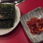 ホルモン・焼肉 キムチ - 韓国海苔とチャンジャ
