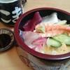 いこま寿司 - 料理写真:海鮮丼