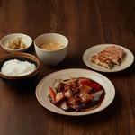 アオリ中華楼 - 鶏肉の黒酢野菜あんかけセット