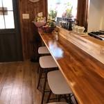 カフェ コティー - オーナーと対面のカウンター席(2018.2.9)