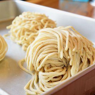 北海道産小麦ゆめちから100%こしのある自家製麺