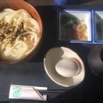 魚季亭 - 塩カツオうどん