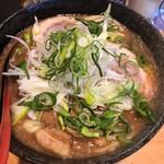 麵屋 くぼた - 料理写真:ネギ豚麺(中盛)