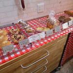 ラ・タルティーヌベーカリー  - 可愛いパン達
