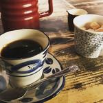 Cafe 婆沙羅 - ランチの後にコーヒーもサービスです♪