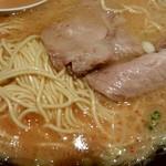 一蘭 - 細麺とチャーシュー