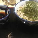 蕎麦とラー油で幸なった。 -