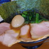 ラーメン 末廣家 - 料理写真:チャーシュー、海苔、味玉トッピング