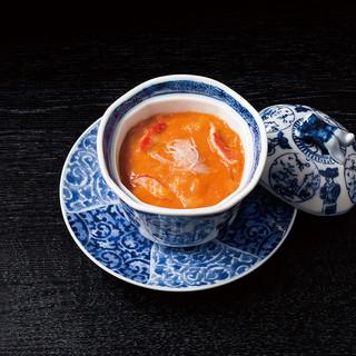 【食べるべき一品】うにとフカヒレのスープ