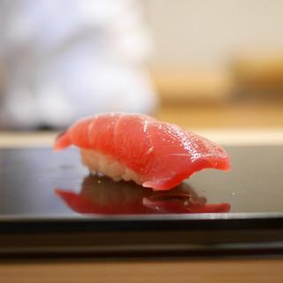 鮨 おとわ - 料理写真:鮪赤身