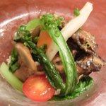 オー・グルマン - ランチコース 6270円 の三陸産牡蠣のマリネ、クスクスと野菜ぞえ、焦がしエシャロットドレッシング