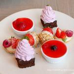 THE MOON - Strawberry AfterMOON Tea