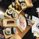花より魚 - 来ました寿司10巻と太巻きと鉄火巻き