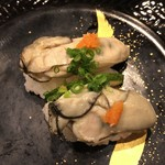 回転寿したかくら - 牡蠣の酒蒸し 500円(税抜)