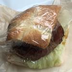 80694671 - テリヤキバーガー。パンとよくあってとても美味しかったです。