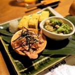ジョウモン - 前菜=玉子焼き、レンコン明太和え‥