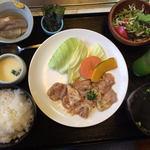 焼肉 丸金 - 料理写真:金ちゃんランチ(900円)